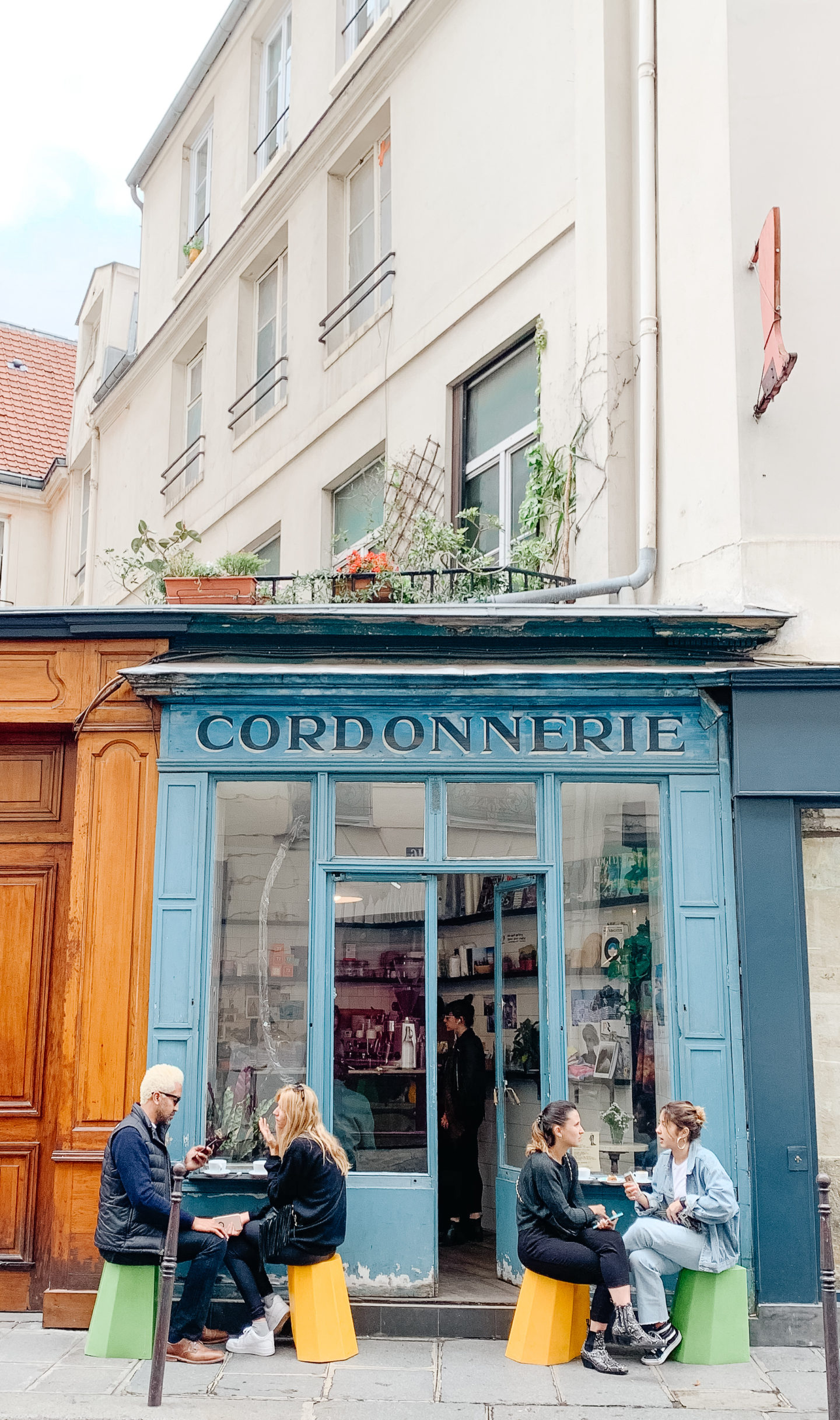 Best coffee places in paris