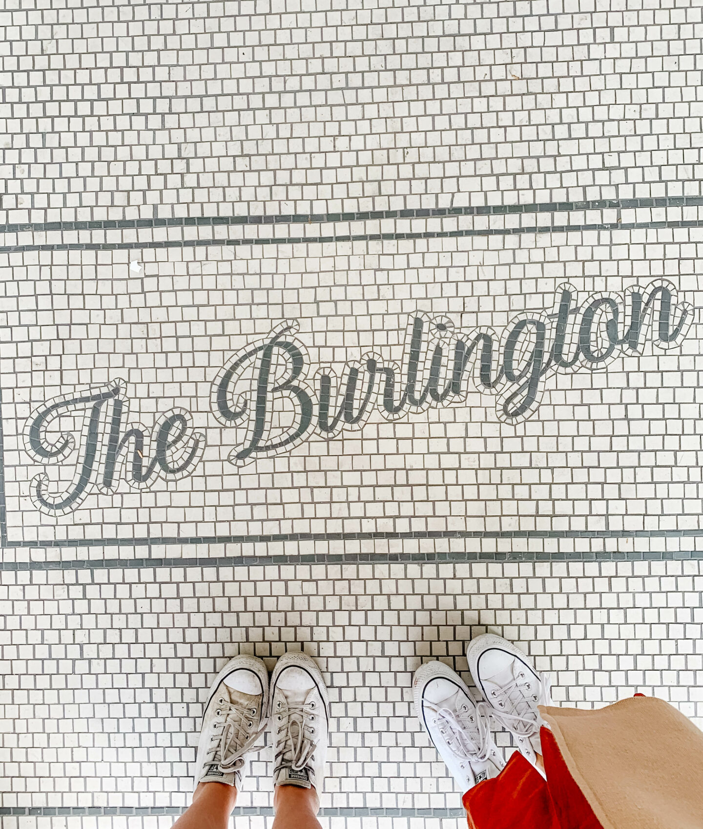 Cheap and gorgeous stay in Los Angeles: The Burlington