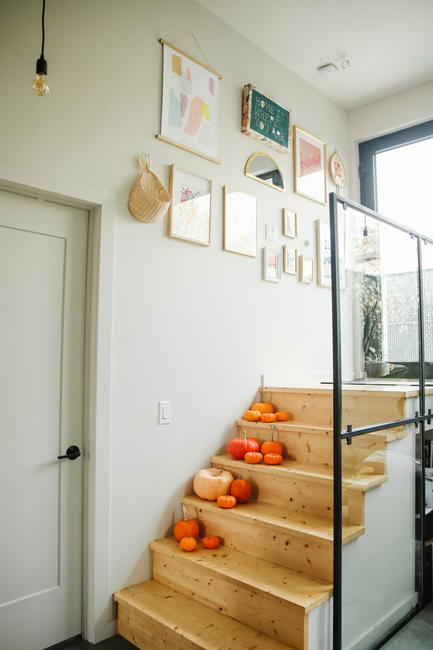 Decorate with the cutest Halloween decor at home