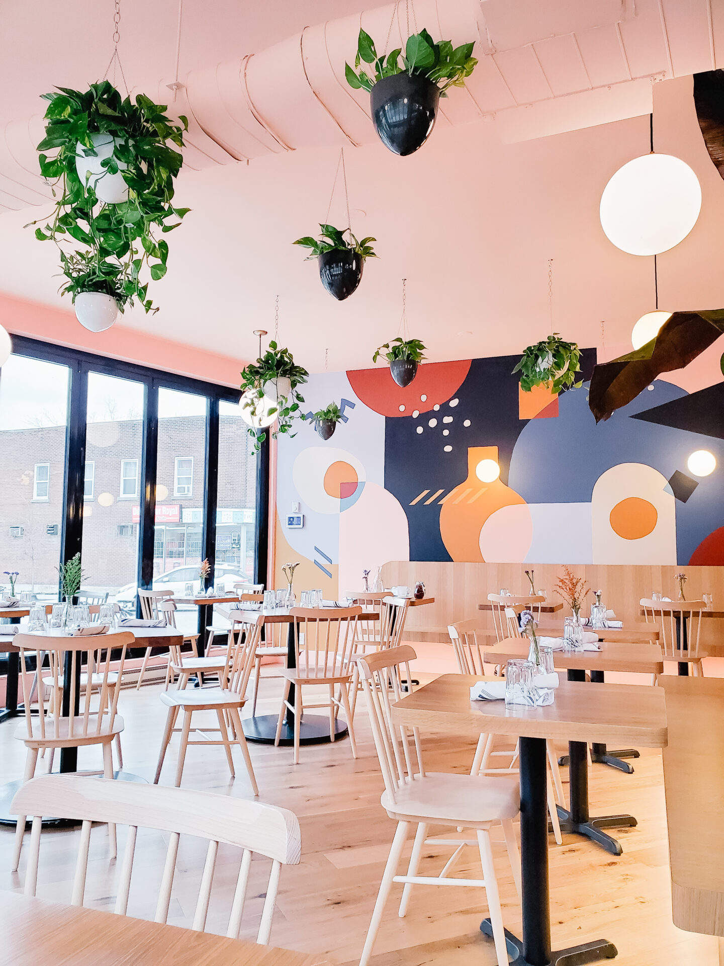 New cute places in Montreal