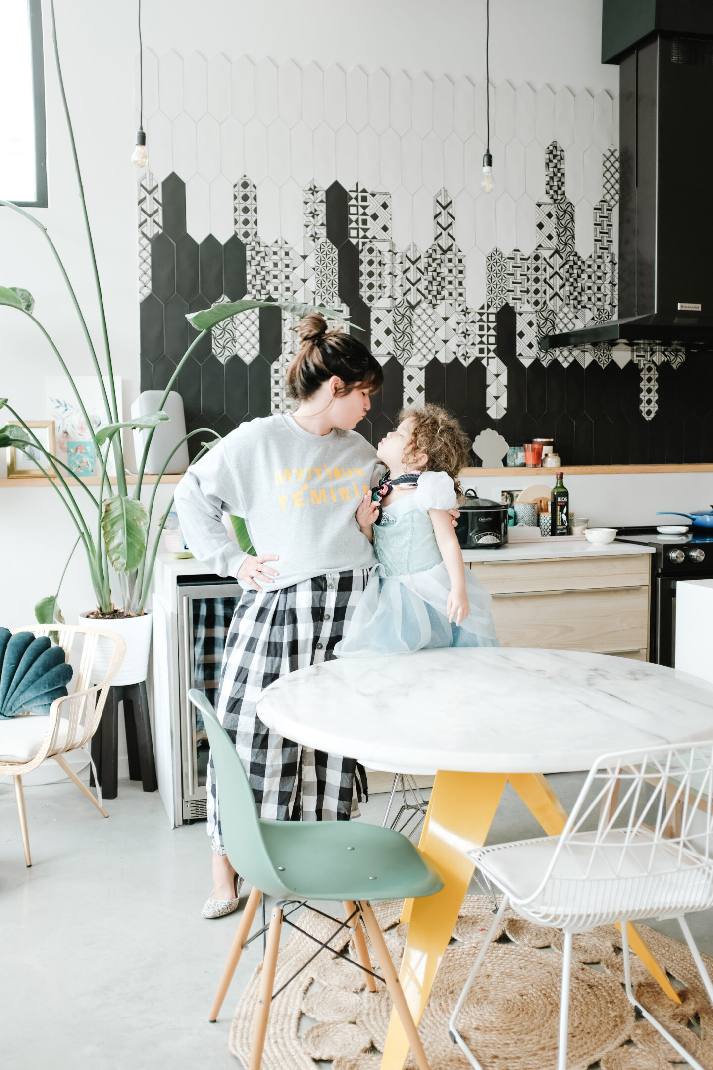 Hey Maca Home: How to Style a Colourful Decor
