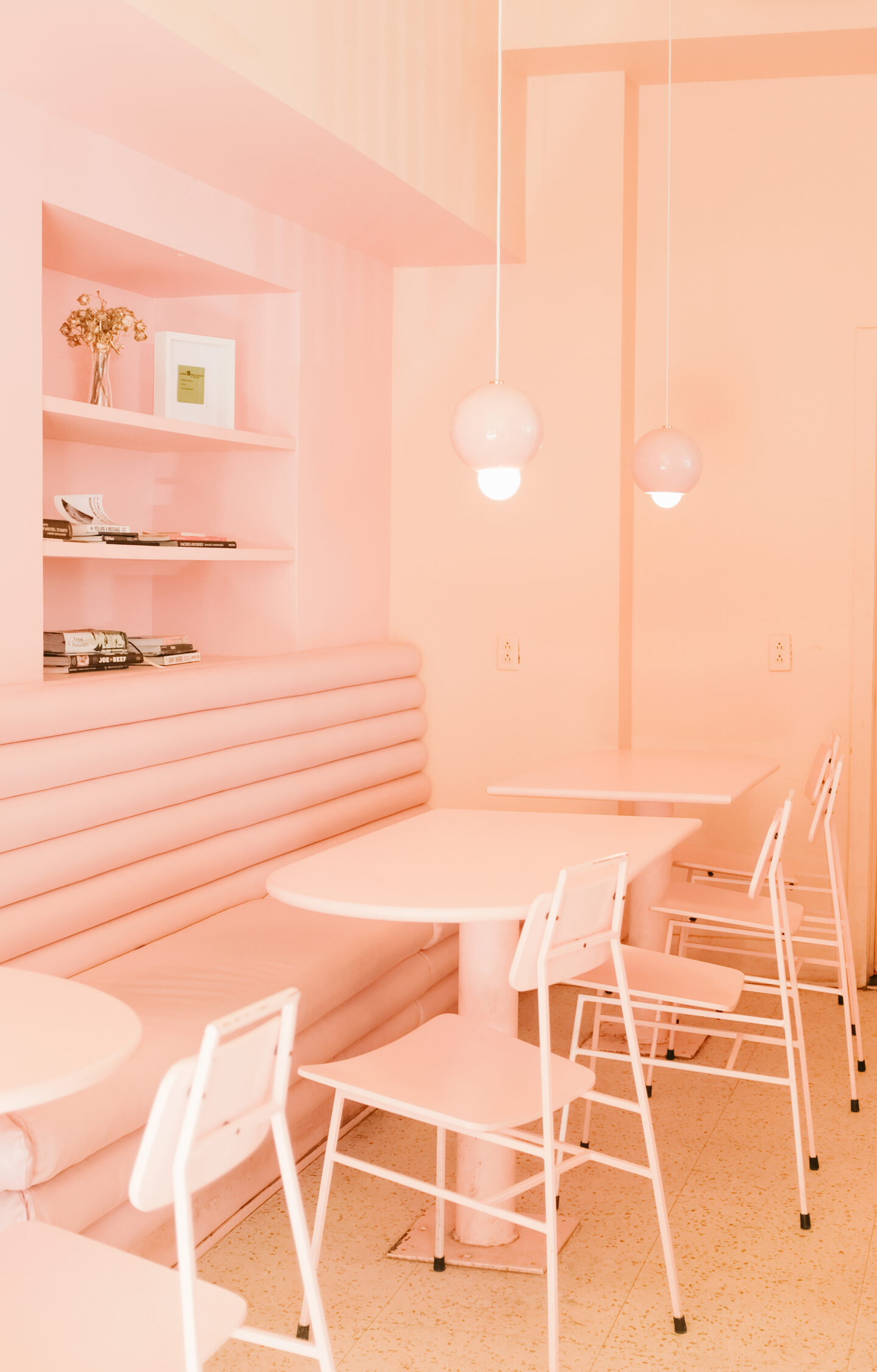 Where to have a first date in Montreal