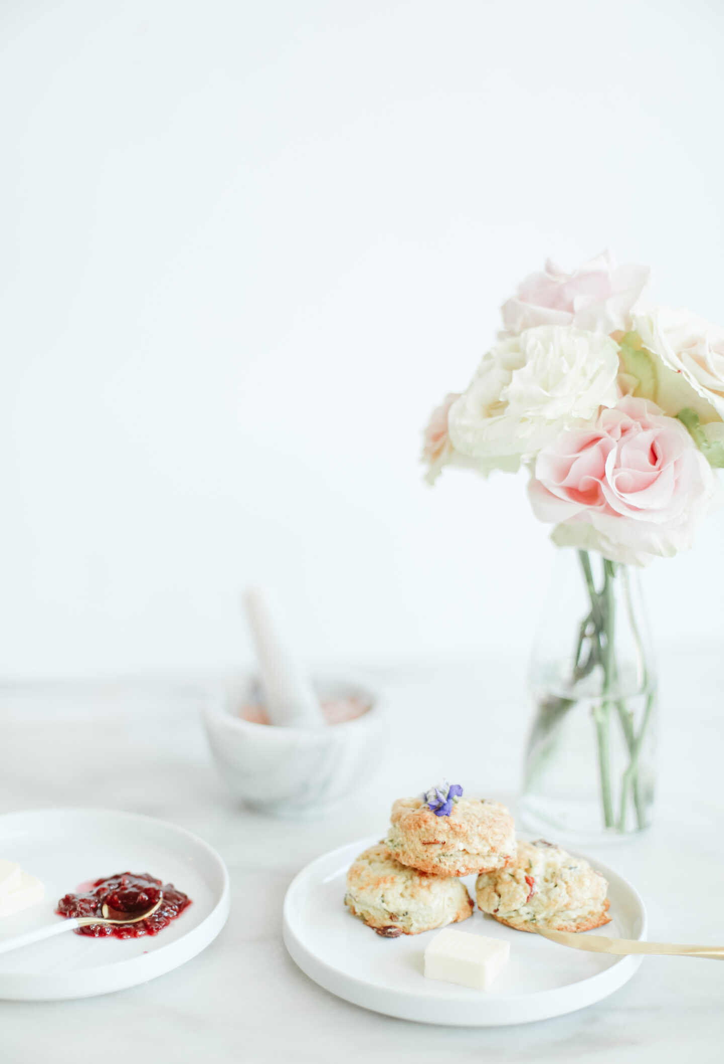 Tiny food: Feta Bacon Scones with fresh herbs