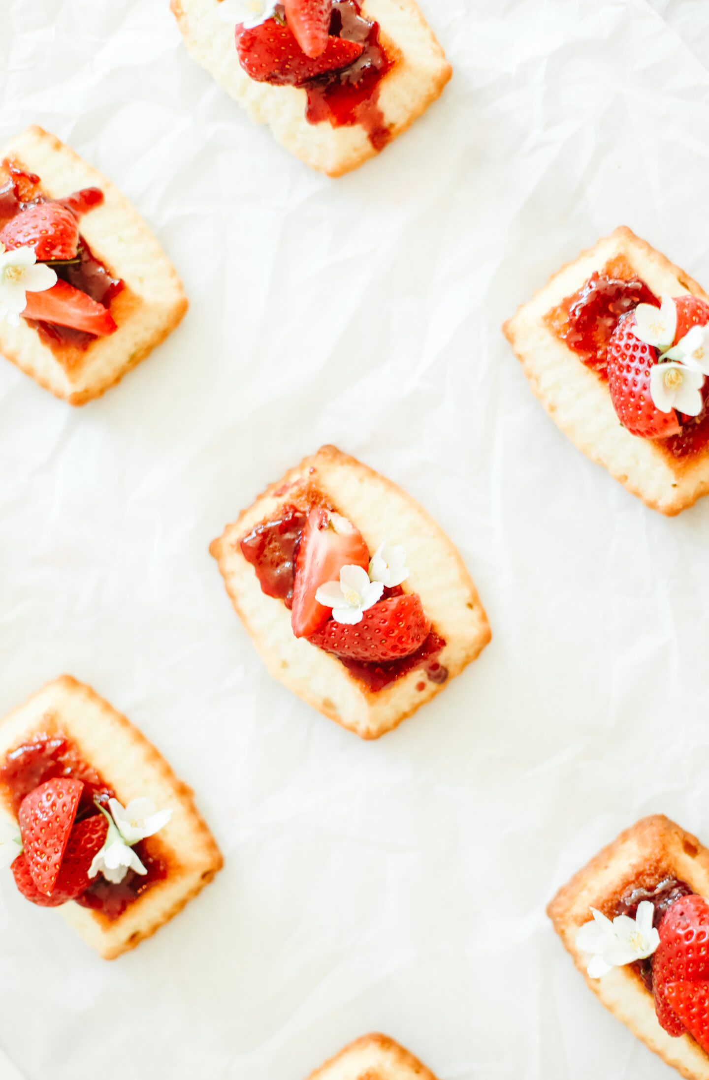 Mini Strawberry Pound Cake
