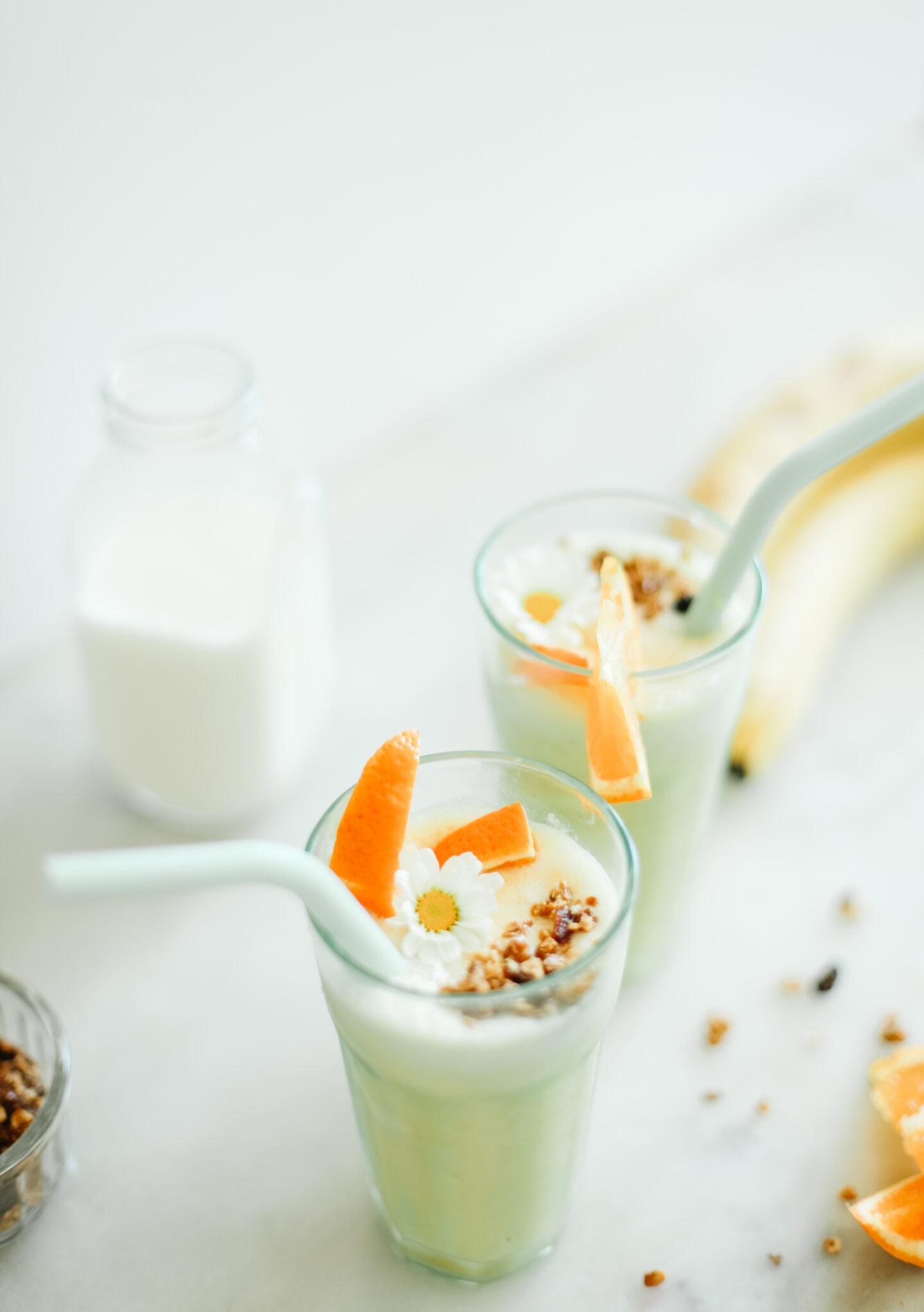 Easy Smoothie recipe: Orange Banana!