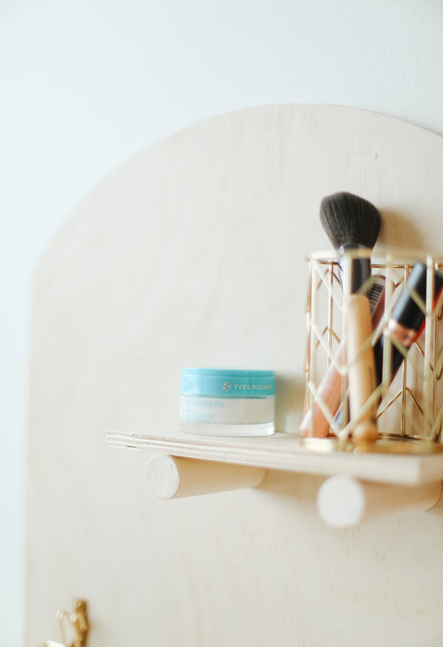 DIY Beauty organizer: How to do it step-by-step