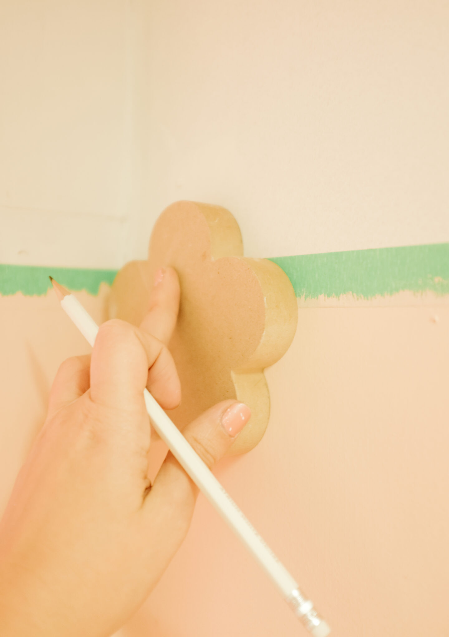Scalloped wall DIY step by step