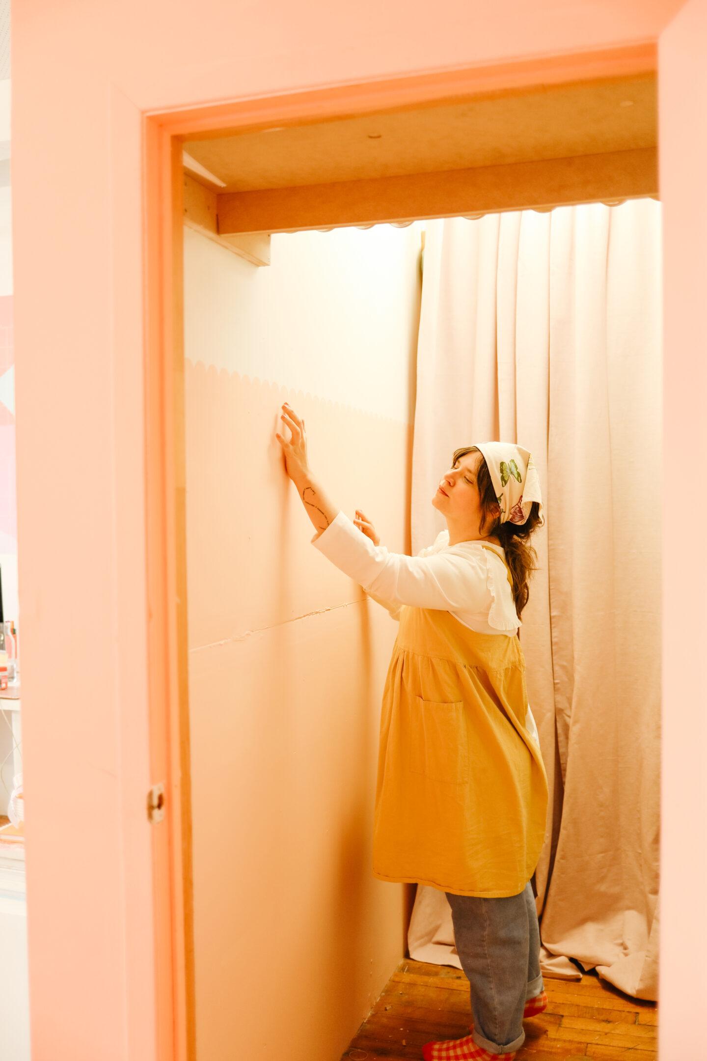 Scalloped Pink Wall DIY