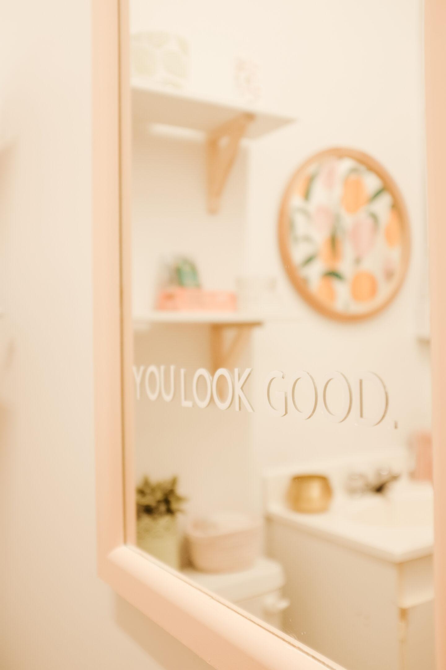 Glossier Mirror DIY tutorial