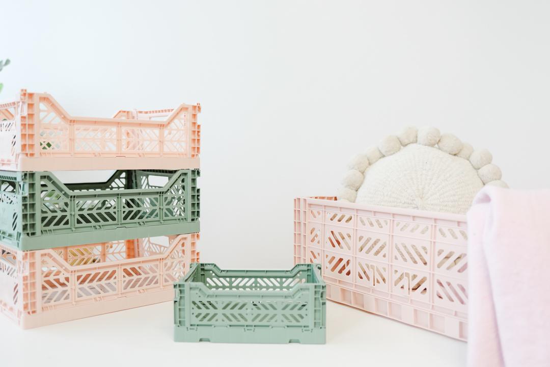 Foldable colourful crates